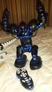 BLUE ROBOT DANCING TALKING with REMOTE see VIDS Athelstone Campbelltown Area Preview
