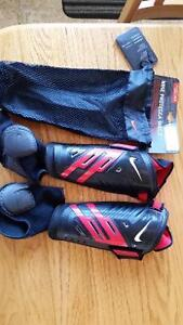 size medium shinguard