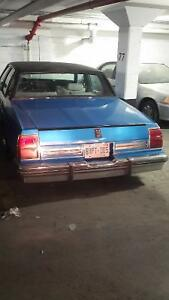 I am selling my lowrider oldsmobile delta88royal