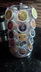 Keurig and carousel for coffee pods