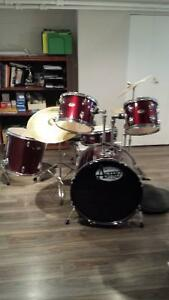 "Drum set with ""muffle pads"""