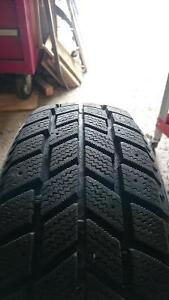 One Hankook I*pike tire 185/65R14 West Island Greater Montréal image 5