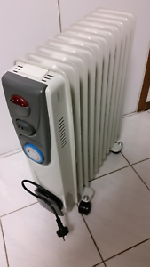 ELECTRIC OIL HEATER. Doncaster Manningham Area Preview