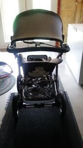 Stroller and lounge baby chair Peterborough Peterborough Area image 3