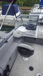 17ft Fully loaded one owner