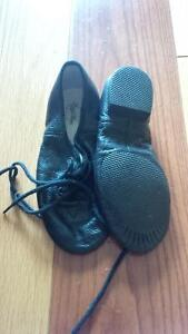 Dance shoes, Soccer shoes Kitchener / Waterloo Kitchener Area image 1