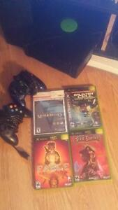 Xbox original with emulator and 4 games