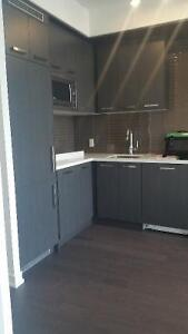 Canary Park one bedroom available. INTERNET INCLUDED
