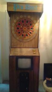 DART BOARD ARCADE MACHINE COIN OPERATED MAN CAVE