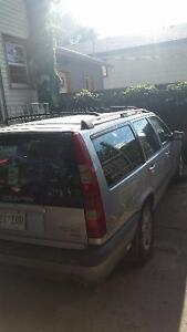1998 Volvo XC (Cross Country)Silver Wagon