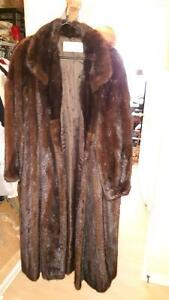 Women's Mink Fur Coat For Sale