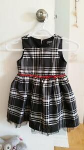 4T girl clothes, mint condition! Includes Fancy Dresses Gatineau Ottawa / Gatineau Area image 1