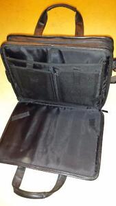 Genuine leather executive laptop carrying case London Ontario image 2