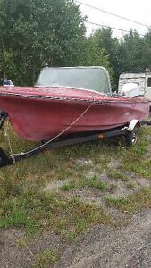 14 foot clipper craft with 85 johnson