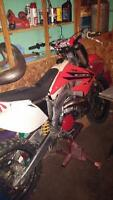 fresly rebuilt 2001 cr 250 with paper work