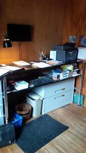 Standing Desk with anti fatigue matt