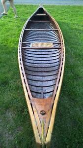 Beautifull  Cedar Canvas Canoe Proffesionally Restored