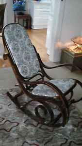 Rocking chair Hoppers Crossing Wyndham Area Preview