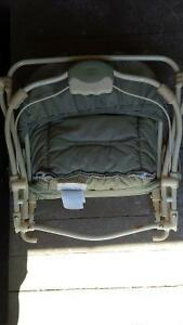 Graco Foldable Bouncy Seat Kitchener / Waterloo Kitchener Area image 3