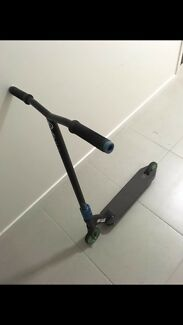 Full apex scooter
