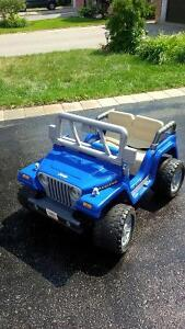 Ride on Fisher-Price PowerWheels Jeep Rubicon