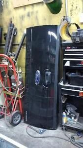 f-350 tailgate and rear bumper