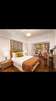 1 bed ground floor unit in south yarra for rent from 1 Aug.