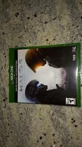 XBOX ONE HALO 5 NEW CONDITION!!