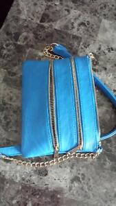 electric blue zipper crossbody purse Belleville Belleville Area image 1