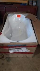 Whirlpool coccoon tub with micro jets