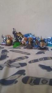 Skylanders w/ 2 games and a bag with the cards Peterborough Peterborough Area image 2