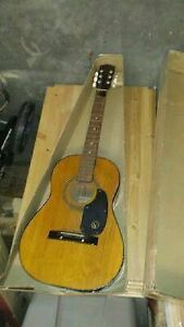 K-115 Guitar vintage and very good shape 6 string intact