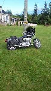 looking to trade 2005 Harley Davidson Dyna Superglide