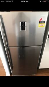 Near new Samsung fridge sr428mls Mount Gravatt Brisbane South East Preview