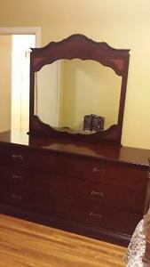 beautiful wood bedroom furniture!! best offer will be accepted.