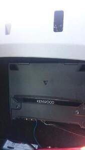 "1000 wat kenwood amp and 12"" kicker sub in box"