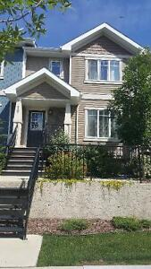 Modern Townhouse in Secord West Edmonton for Rent Pet Friendly