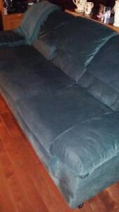 Pull out couch