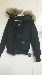 CANADA GOOSE Women's Bomber Jacket Small