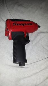 Snap-On MG325 325 ft.lbs of torque