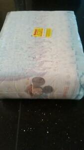 Huggies Snug and Dry Diapers Size 5 Peterborough Peterborough Area image 1