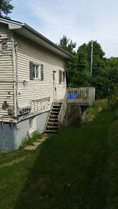 Near UNB and STU- 3 or 2 Bedroom unit for rent.