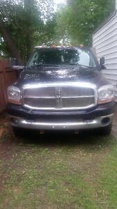 2006 Dodge Power Ram 3500 Dually diesel slt Other