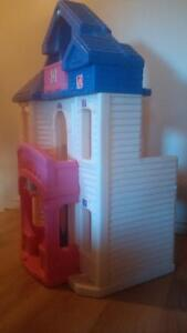 STEP 2 Barbie / Doll House and Furniture Cambridge Kitchener Area image 6