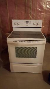 Like New Whirlpool oven and stove