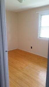Room for Rent in Northwest Townhouse