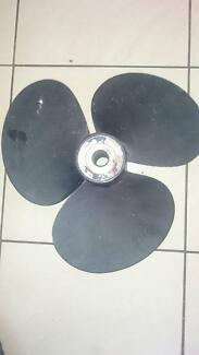 "3 BLADED POWER BOAT PROPELLER 16"" DIAMETER ALUMINIUM VOLVO?"