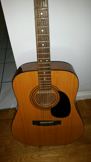 Cort  accoustic guitar with gig bag and shoulder strap