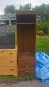 Dressers and other Stuff Free while it Lasts!!!!!!!!!!!!!!!!