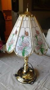 Beautiful glass lamp with roses London Ontario image 1